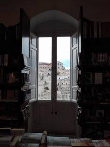 Libreria sotto l'arco - Matera